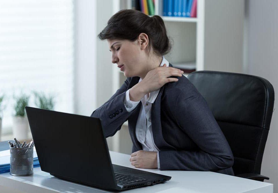 Massage til Svenborgs ømme kontorskuldre